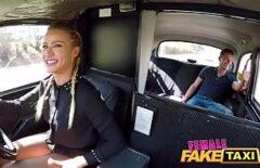 Sex pasional cu soferita de taxi fututa bine in pizda