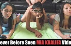 Mia Khalifa si colegele ei se fut tare cum stiu ele mai bine sa o faca