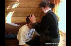 Oral cu mama soacra dupa ce a fost abandonat de nevasta curva si perversa